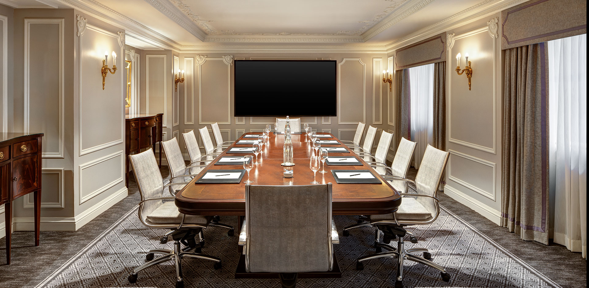 St Regis, New York - Boardroom