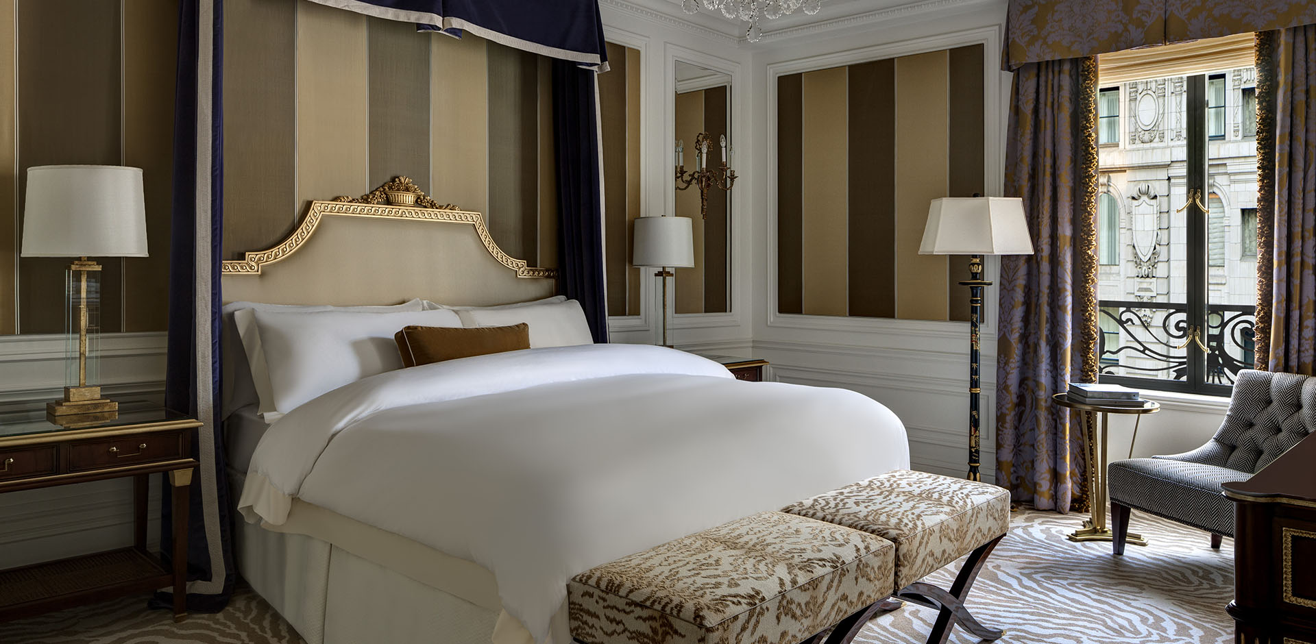 St Regis, New York - Royal Bedroom
